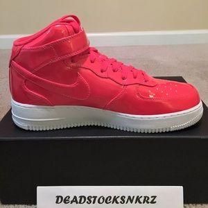 sports shoes 909a7 ab885 Nike Shoes - Nike Air Force 1 Mid  07 LV8 UV